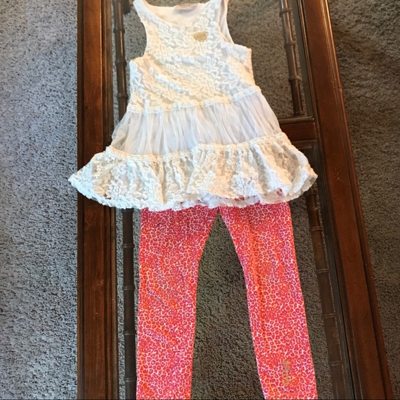 Juicy Couture Other - Juicy couture girls size 5 lace top outfit